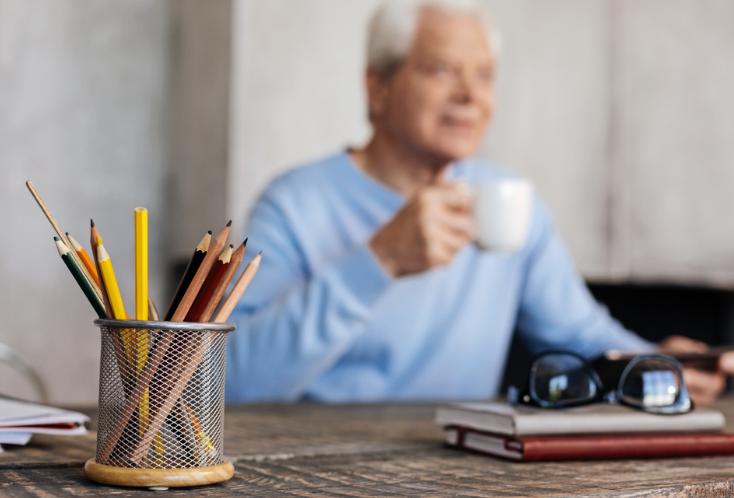 Tips Hidup Sehat untuk Lansia yang Masih Aktif Bekerja
